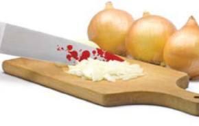 Evidence, cuchillo con sangre