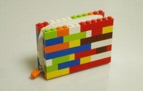 Monedero LEGO